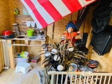 Een kamp in het tuinhuis